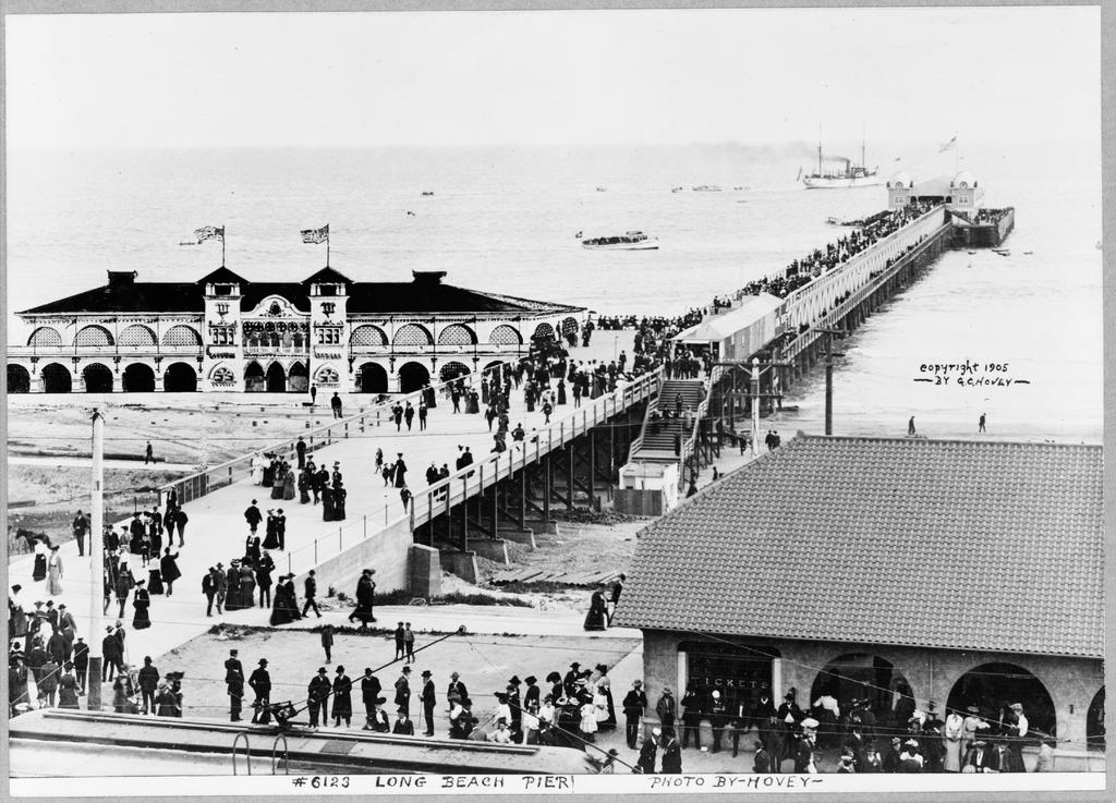 Long Beach Pier 1905