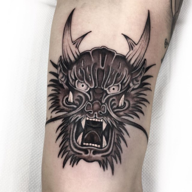black and grey dragon tattoo 03