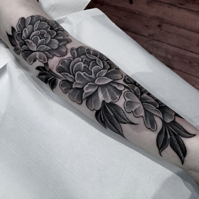 black and grey flower tattoo 08