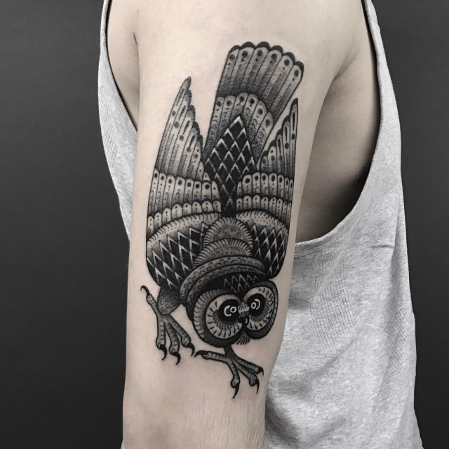 black and grey owl tattoo 1