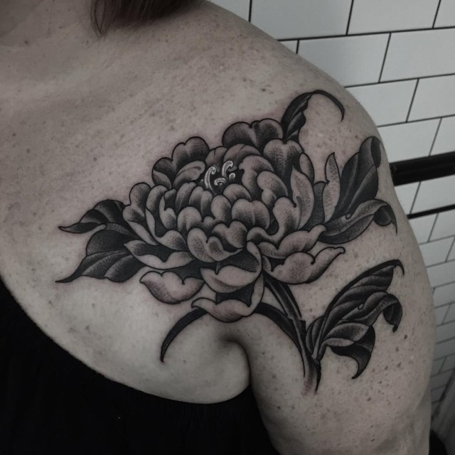 black and grey peonie tattoo 5