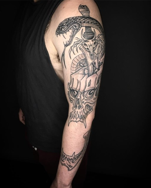 black and grey skull tattoo 17