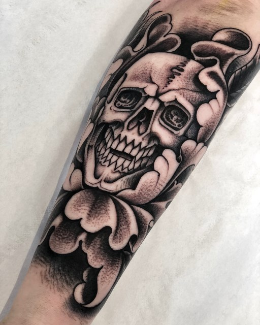 black and grey skull tattoo 35