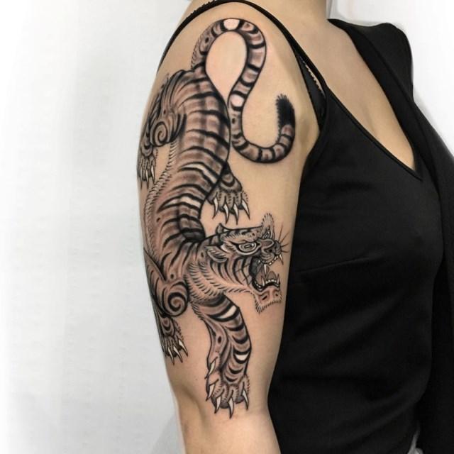 black and grey tiger tattoo 04