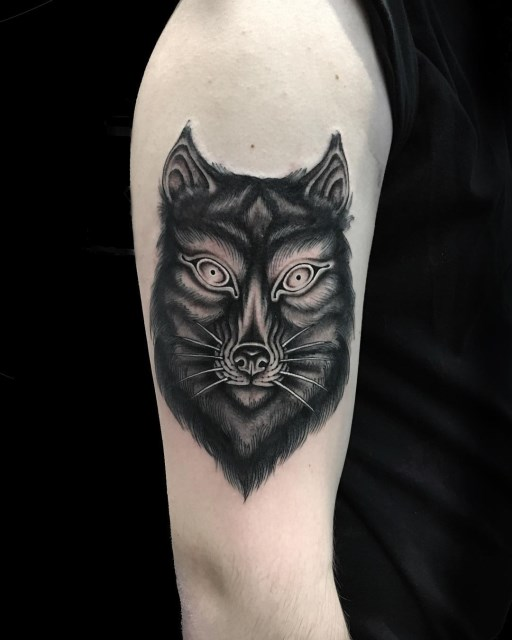 black and grey wolf tattoo 02