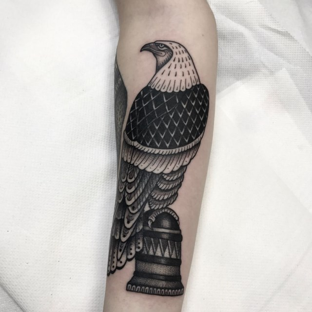 traditional bird tattoo 25