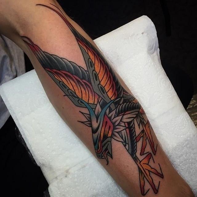 traditional eagle tattoo 043