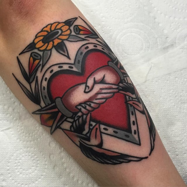 traditional heart tattoo 04