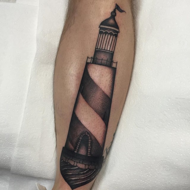traditional lighthouse tattoo 02