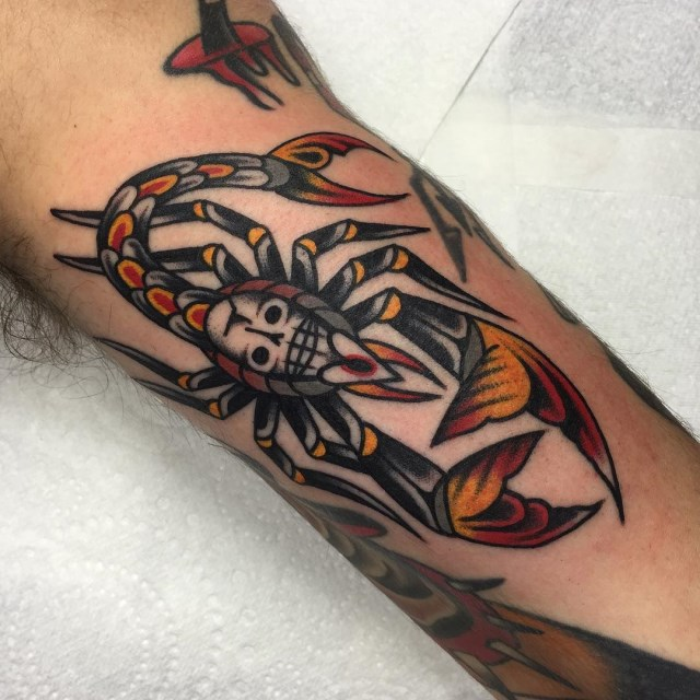 traditional scorpion tattoo 05