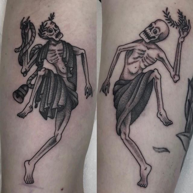 traditional skull tattoo 37