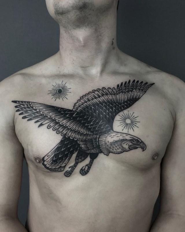 traditional-style-eagle-tattoo-05