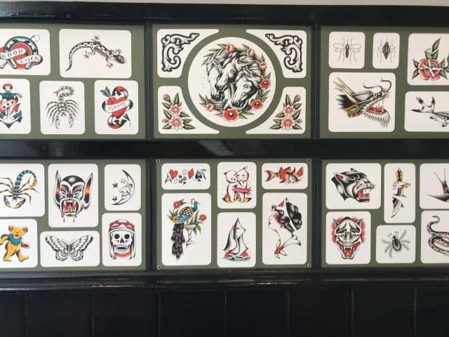 traditional-style-flash-tattoo-4