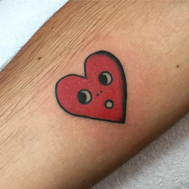 traditional-style-heart-tattoo-3