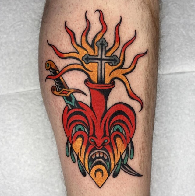 traditional-style-heart-tattoo-5