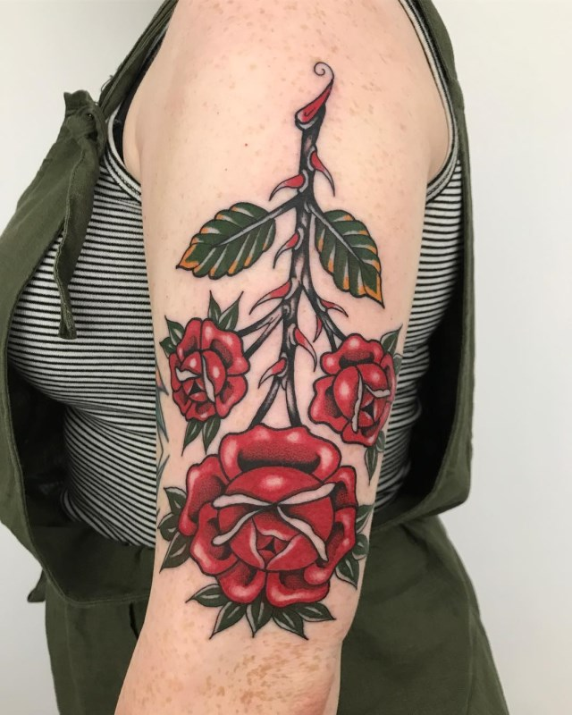 traditional-style-rose-tattoo-5