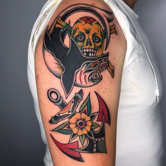 traditional-style-shark-tattoo-1