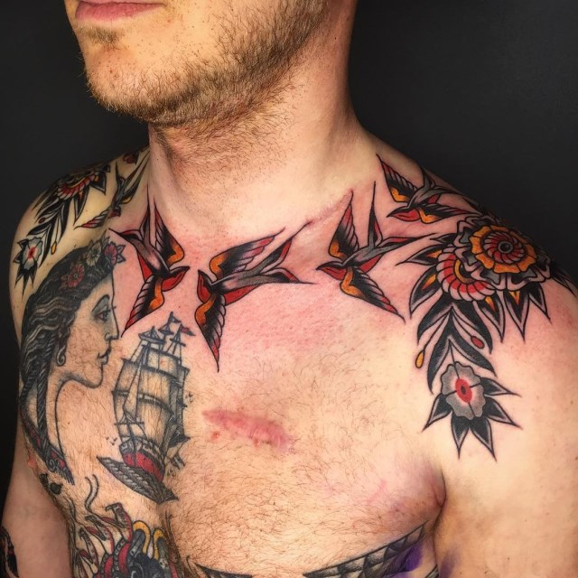traditional-style-swallow-tattoo-6
