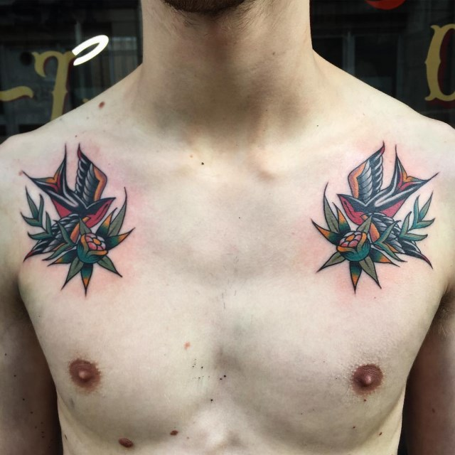 traditional-style-swallow-tattoo-8