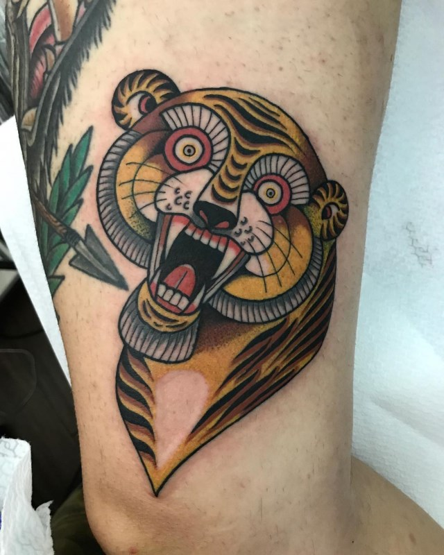 traditional-style-tiger-tattoo-05