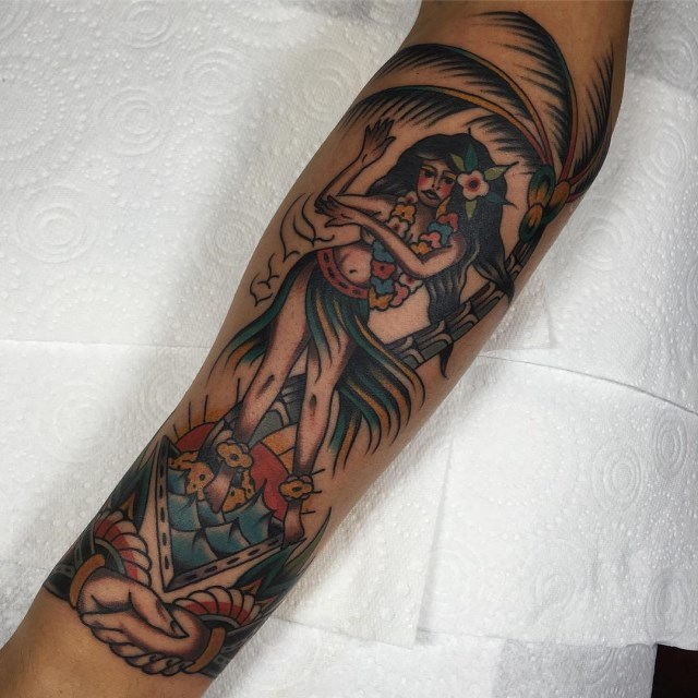 traditional tropical tattoo 37
