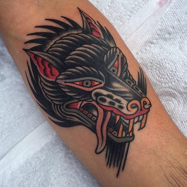 traditional wolf tattoo 02