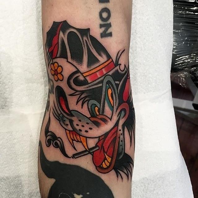 traditional wolf tattoo 08