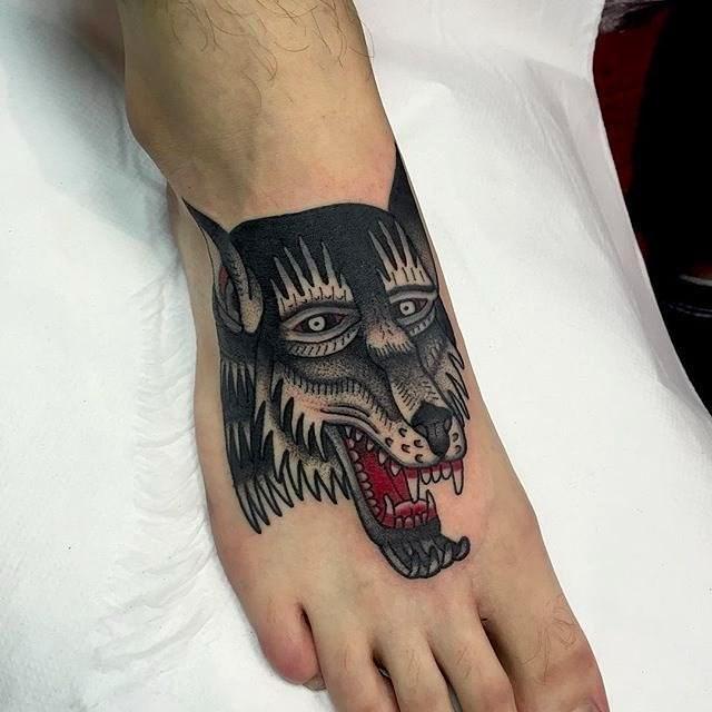 traditional wolf tattoo 12